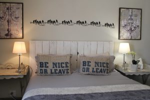 Hoffmans Guesthouse_Rooms-3